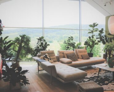 Featured image - Make Your Living Room Timeless with Mid-Century Modern Style