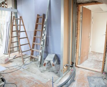 featured image - Top 7 Tips for Home Renovations