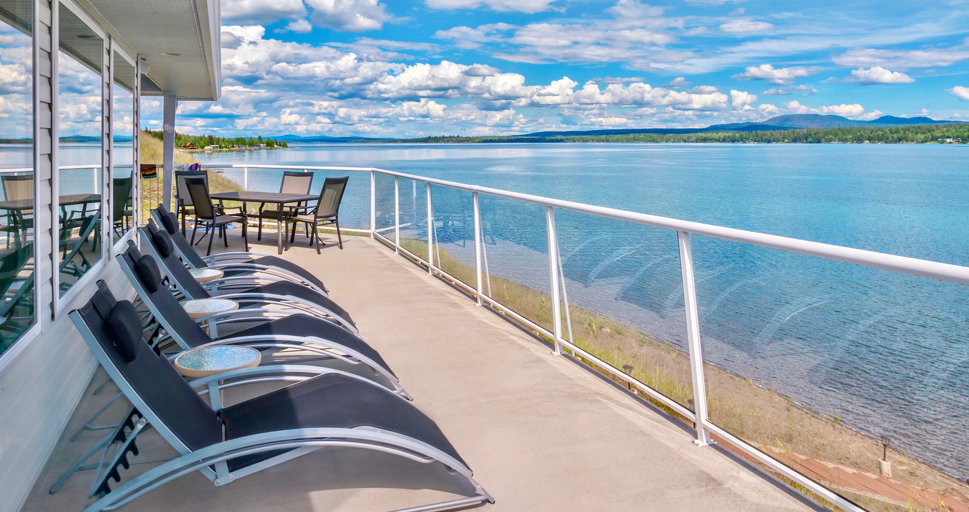 image - The Pros and Cons of Glass Deck Railing