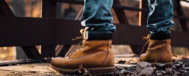 featured image - 5 Tips for Choosing the Right Work Boots
