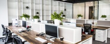 featured image - Eleven Tips for Choosing Interior Decorators for Your Business