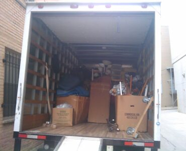featured image - Factors to Consider When Selecting A Moving Company