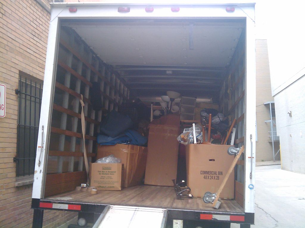 image - Factors to Consider When Selecting A Moving Company