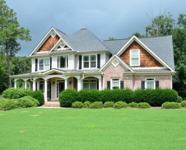 featured image - First-Time Homebuyer Tips—And Mistakes to Avoid