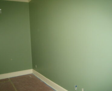 featured image - How to Paint Your Home in Budget