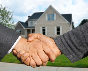 featured image - How to List your House on MLS as FSBOs in Indiana?