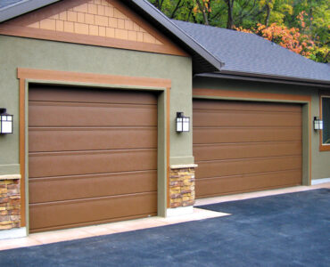 featured image - Trending Garage Shade Styles for 2021