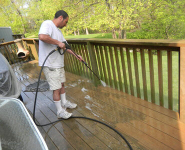 featured image - What Is Power Washing? What You Need to Know