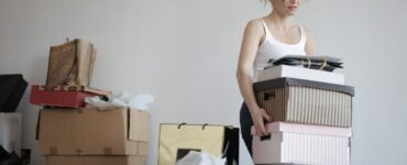 featured image - Can't Afford to Move? Eight Ways to Relocate on a Budget