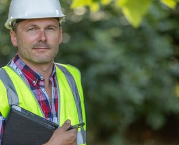 featured image - Contractor Questions: What Are Contractor Services?