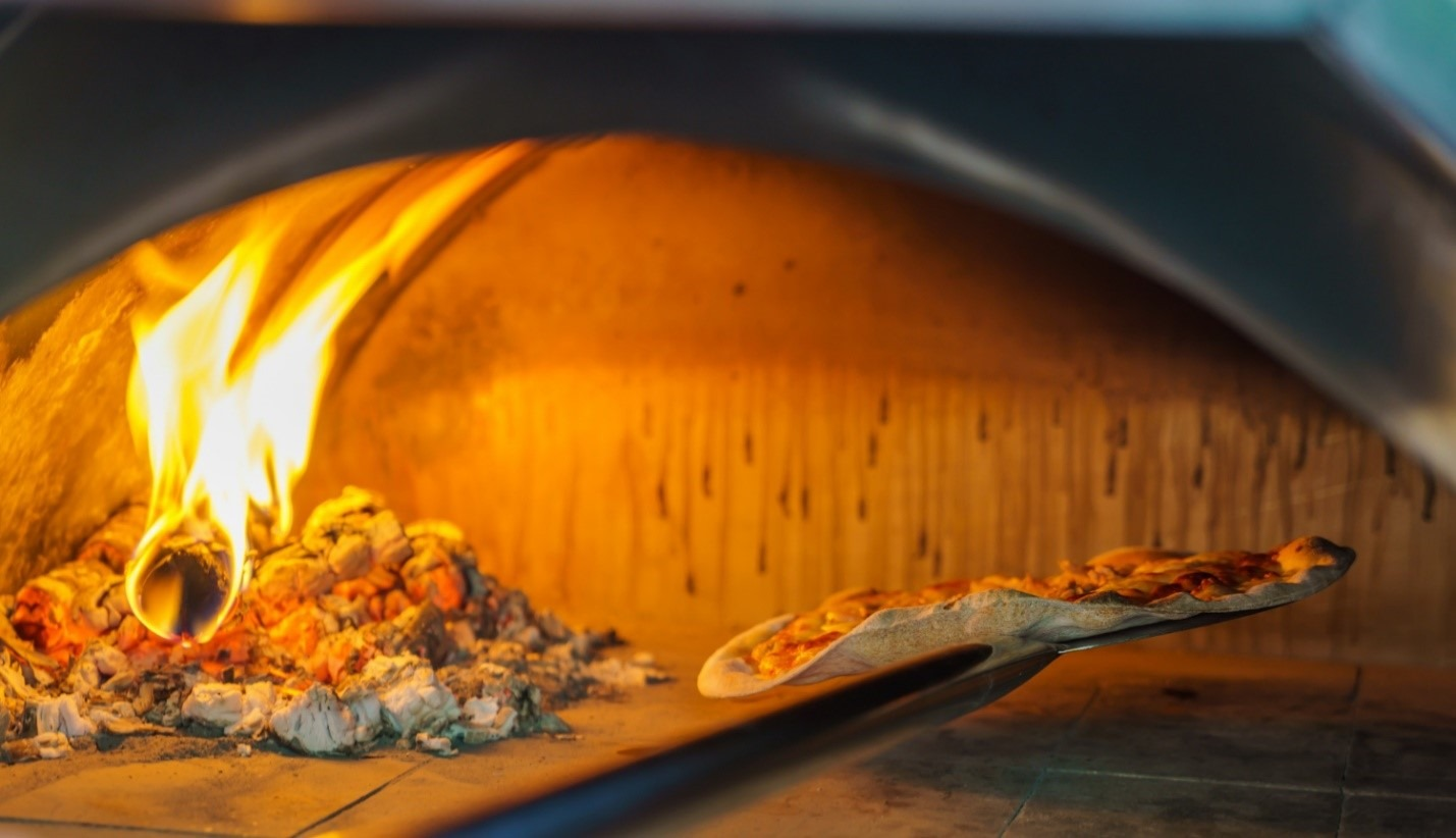 image - Gas vs. Wood-Fired Ovens: Which is Best for you?