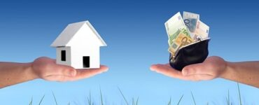 featured image - How to Buy Investment Property - 3 Top Tips!