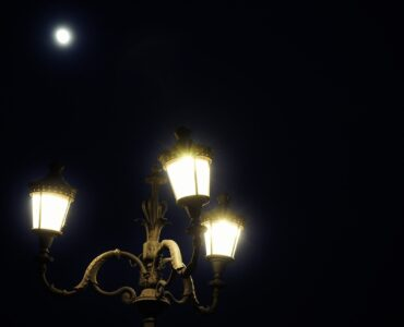 featured image - Lamp Posts in your Garden You Might be Surprised at the Benefits