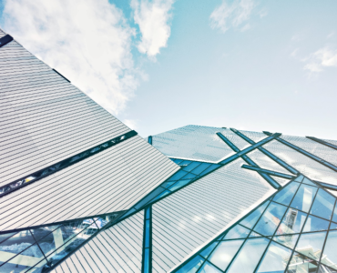 featured image - Advantages of Glass in Architecture