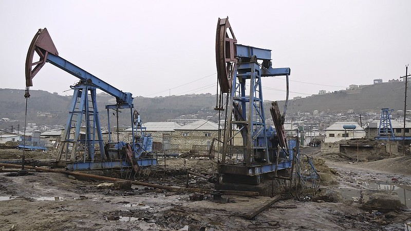 image - The Science Behind Oil Wells