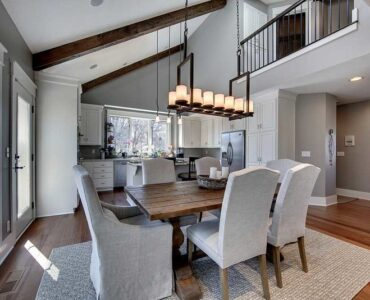 featured image - Top 7 Pro Tips for Remodeling Your Dining Room