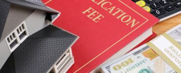 featured image - Collateral vs Conventional Mortgage: Which is Best for You?