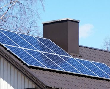 featured image - Are Solar Panels Worth the Investments All You Need to Know