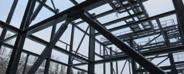 featured image - Pros & Cons of Steel Framed Homes Over Timber