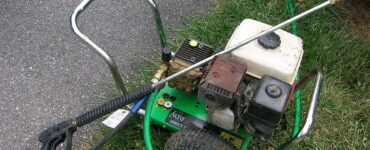 featured image - Top 7 Uses for Your Pressure Washer