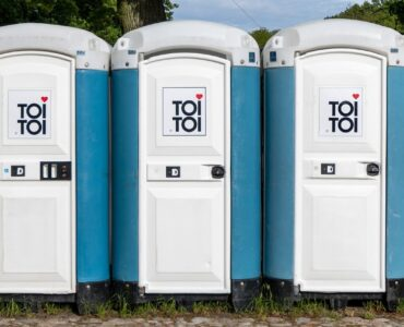 featured image - What Are the Different Types of Porta Potties That I Can Rent