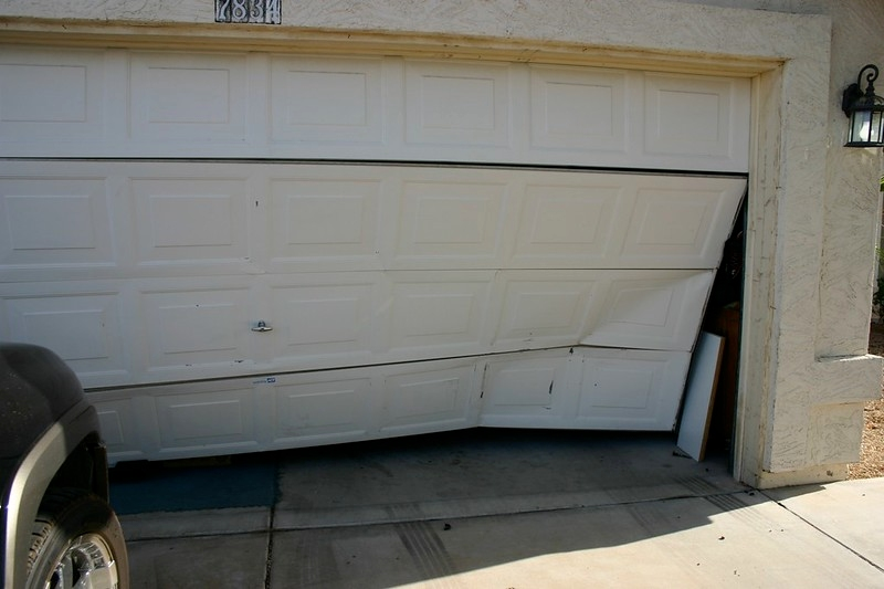 image - What are Some Common Garage Door Problems?