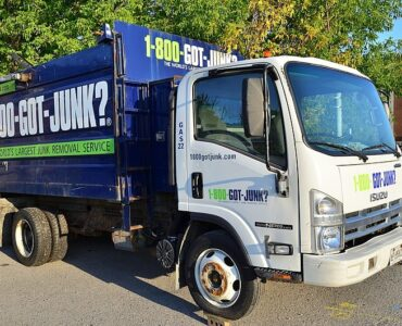 featured image - 4 Benefits of Hiring a Junk Removal Service