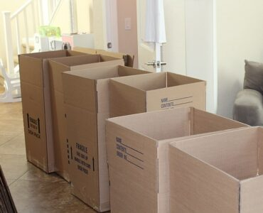 featured image - How a Moving Company Can Benefit your Organization