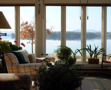 featured image - 4 Top Benefits of Adding a Sunroom to Your Home
