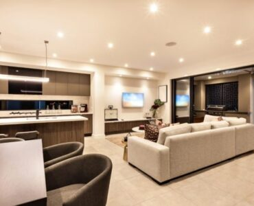 featured image - Make Your Home Feel Warmer During Winter with 5 Lighting Tips