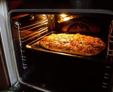 featured iamge - How To Choose an Ooni Pizza Oven?