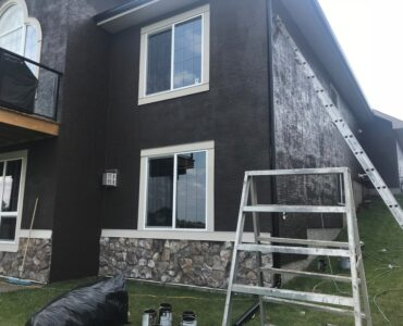 featured image - Is Painting Stucco a Good Idea?