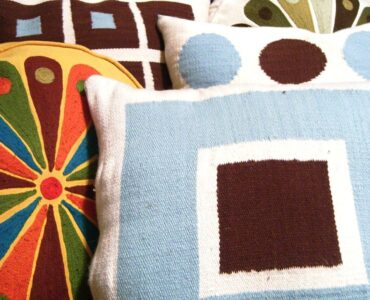 featured image - Decorative Pillows They can Make a Difference