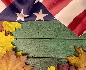 featured image - How To Use House Flags For Decorating Your Living Space