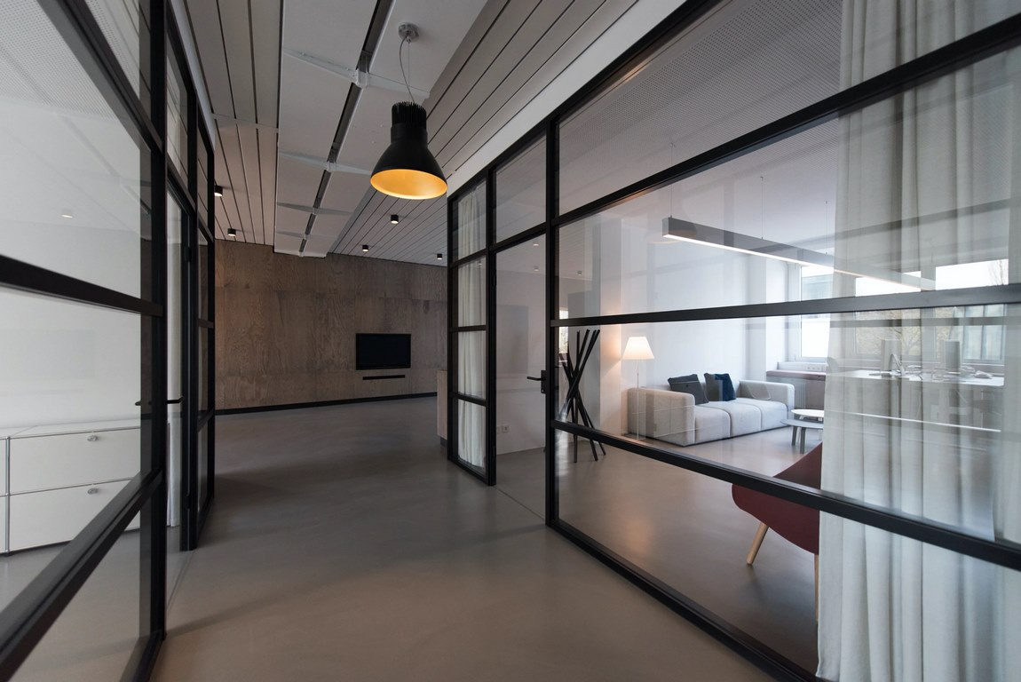 What Is Glass Partition Walls? Where to Get Affordable Glass Separation Panels?