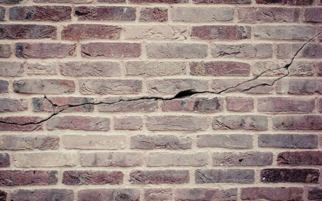 How to Prevent Cracks in Brick Walls?