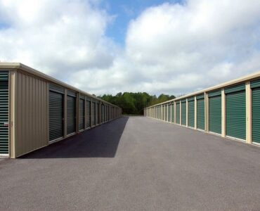 featured image - Factors to Consider When Looking for Storage Units