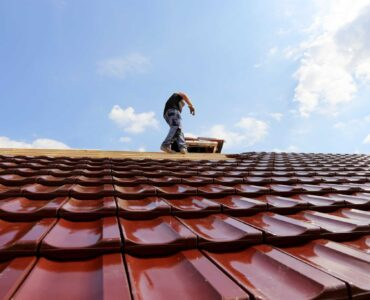 featured image - 5 Questions to Ask When Hiring Annapolis Roofers