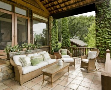 featured image - How Can I Make My Patio More Inviting?