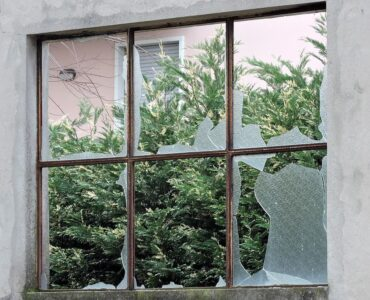 featured image - Common Window Problems and Solutions